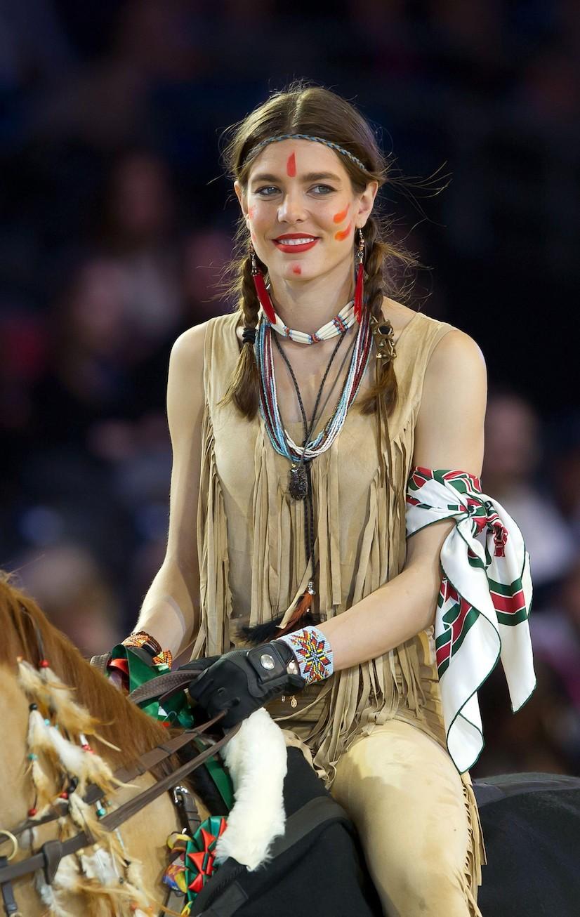 Carlota Casiraghi y el vestido perfecto para las noches de verano