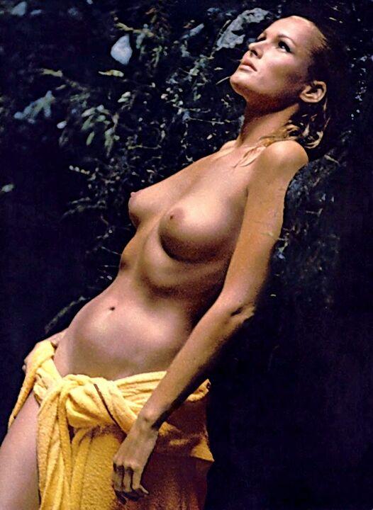 10-1965-Ursula-Andress-pb.jpg