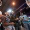 'Super Smash Bros.': Cuatro amigos disfrutan de una partida al Super Smash Bros. para Wii U que se ha visto por primera vez en España, en la feria Madrid Games Week.