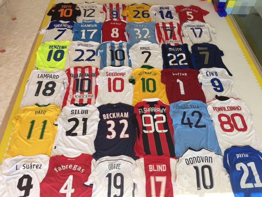 5baaa23c8 La increíble colección de camisetas de Gerard Piqué - Libertad Digital