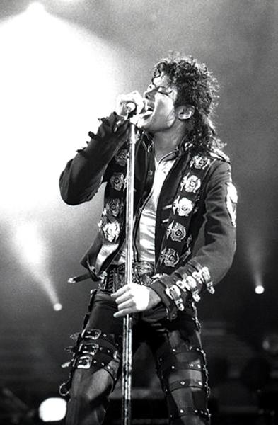 Michael_Jackson_in_1988.jpg