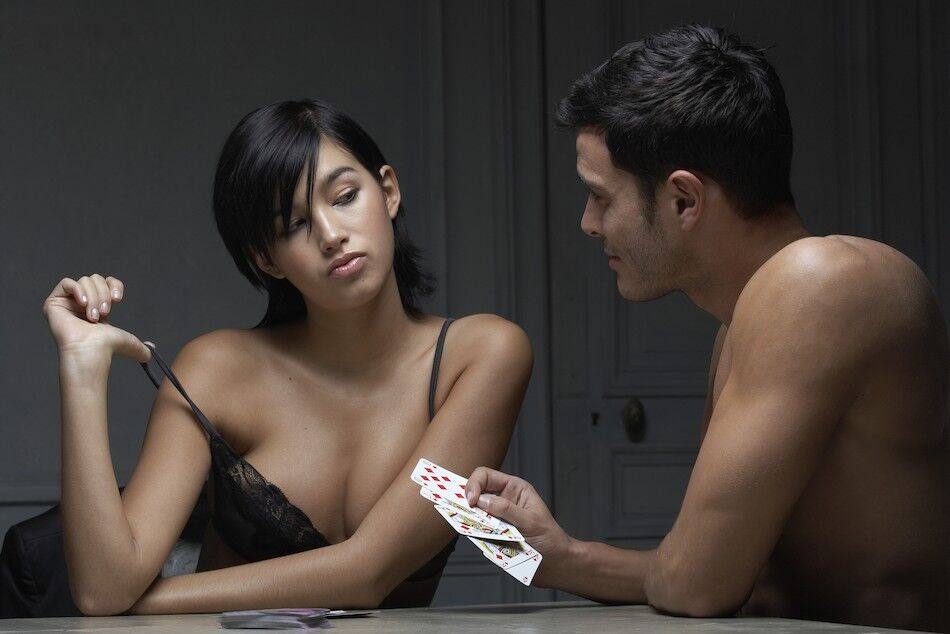 Strip Poker Live