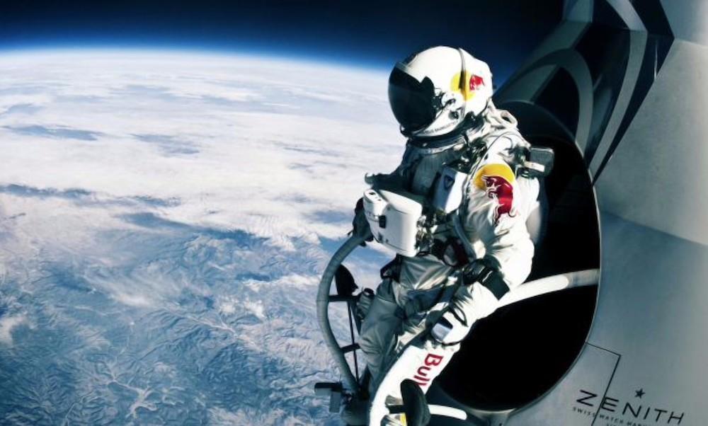 Resultado de imagen para el primer hombre en saltar desde la estratosfera