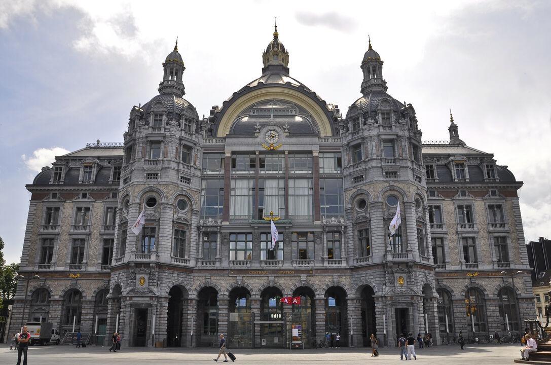 Risultati immagini per Estación Central de Amberes