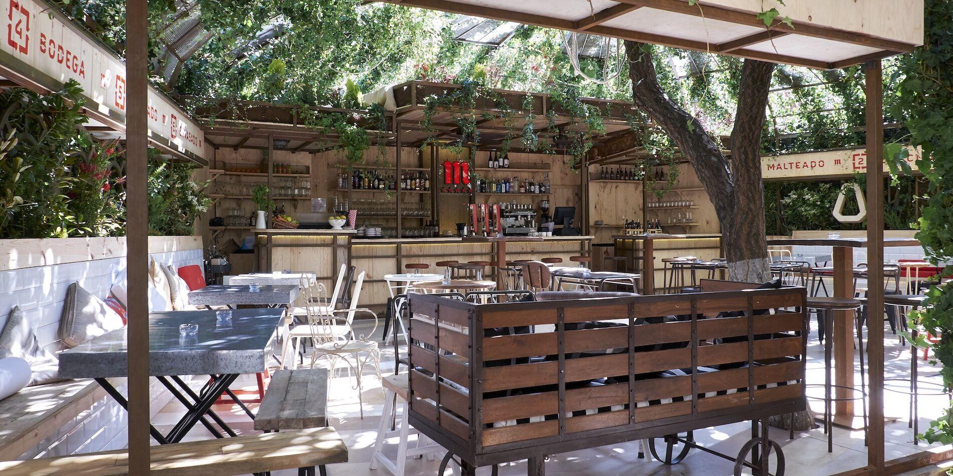 Comer Con Mucho Arte Y Cerveza En La Manzana Mahou 330 Chic