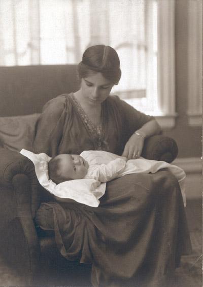 DorothyBurlingham1915.jpg