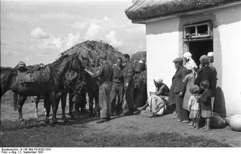 Bundesarchiv_B_145_Bild-F016202-25A_Sowj