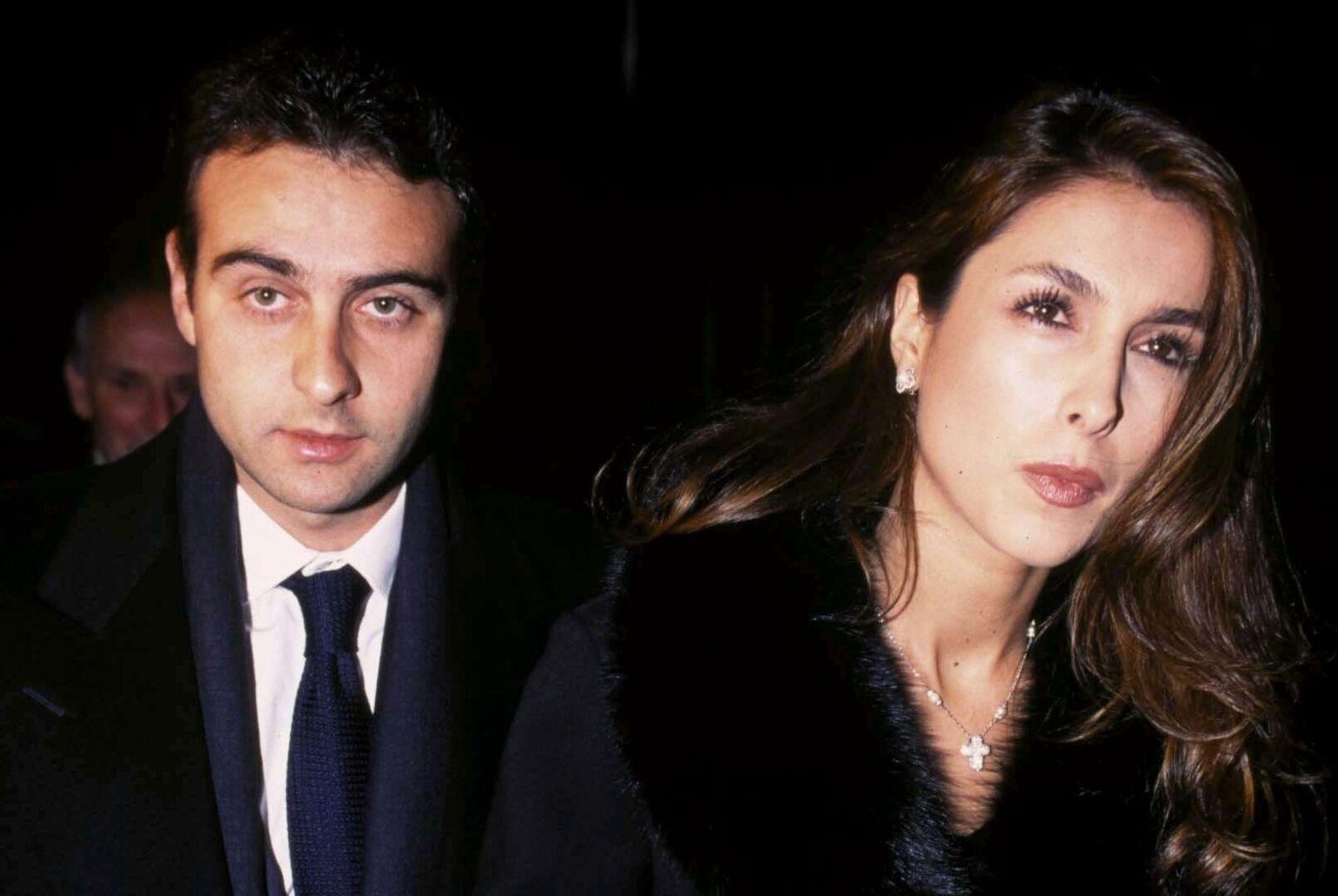 Paloma Cuevas Y Enrique Ponce Continuan Sin Firmar El Divorcio Carlos Perez Gimeno Chic
