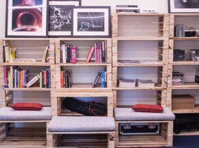Lestoc muebles reciclados en un taller de carpintera muy especial