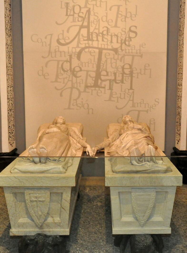 mausoleo-amantes-teruel.JPG
