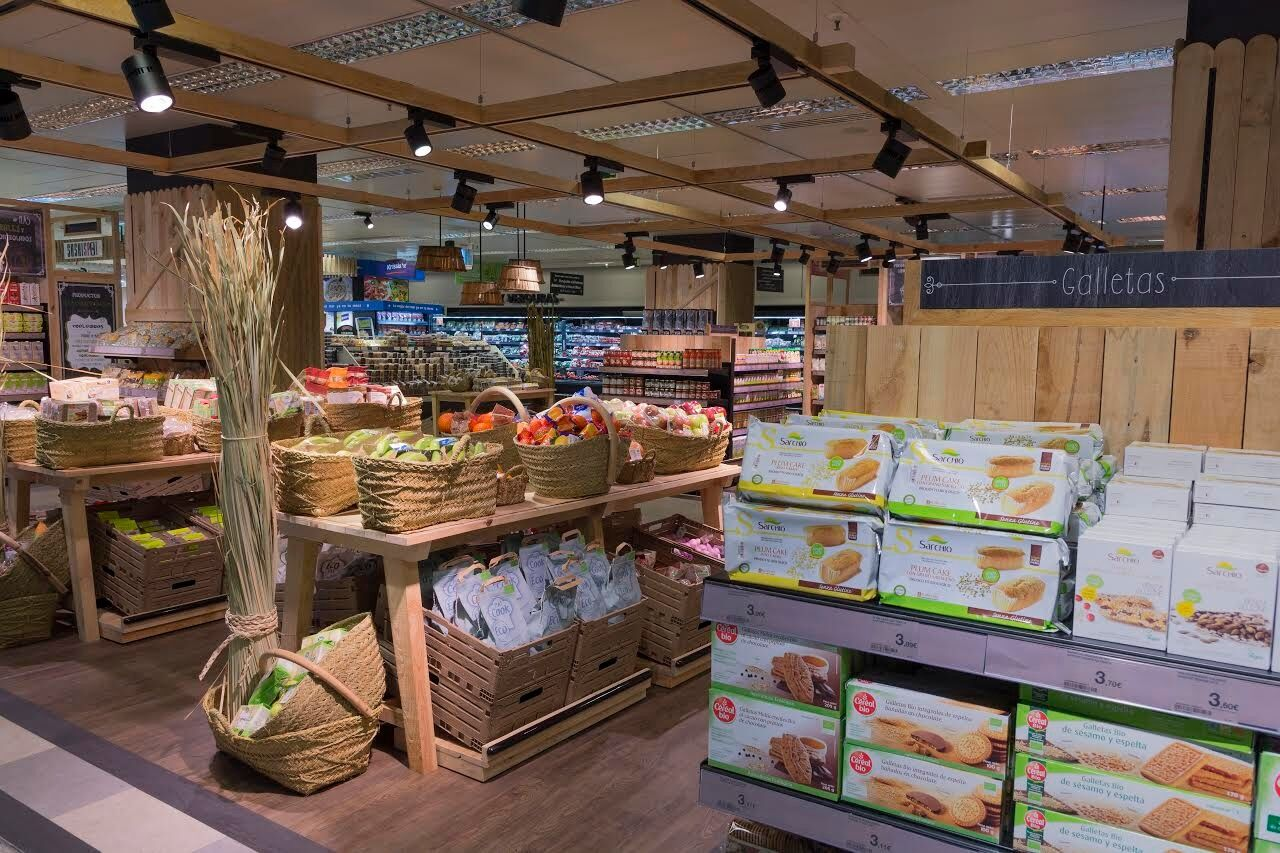 d83a8e45128 El Corte Inglés responde a la fiebre  bio  con 19 supermercados ...