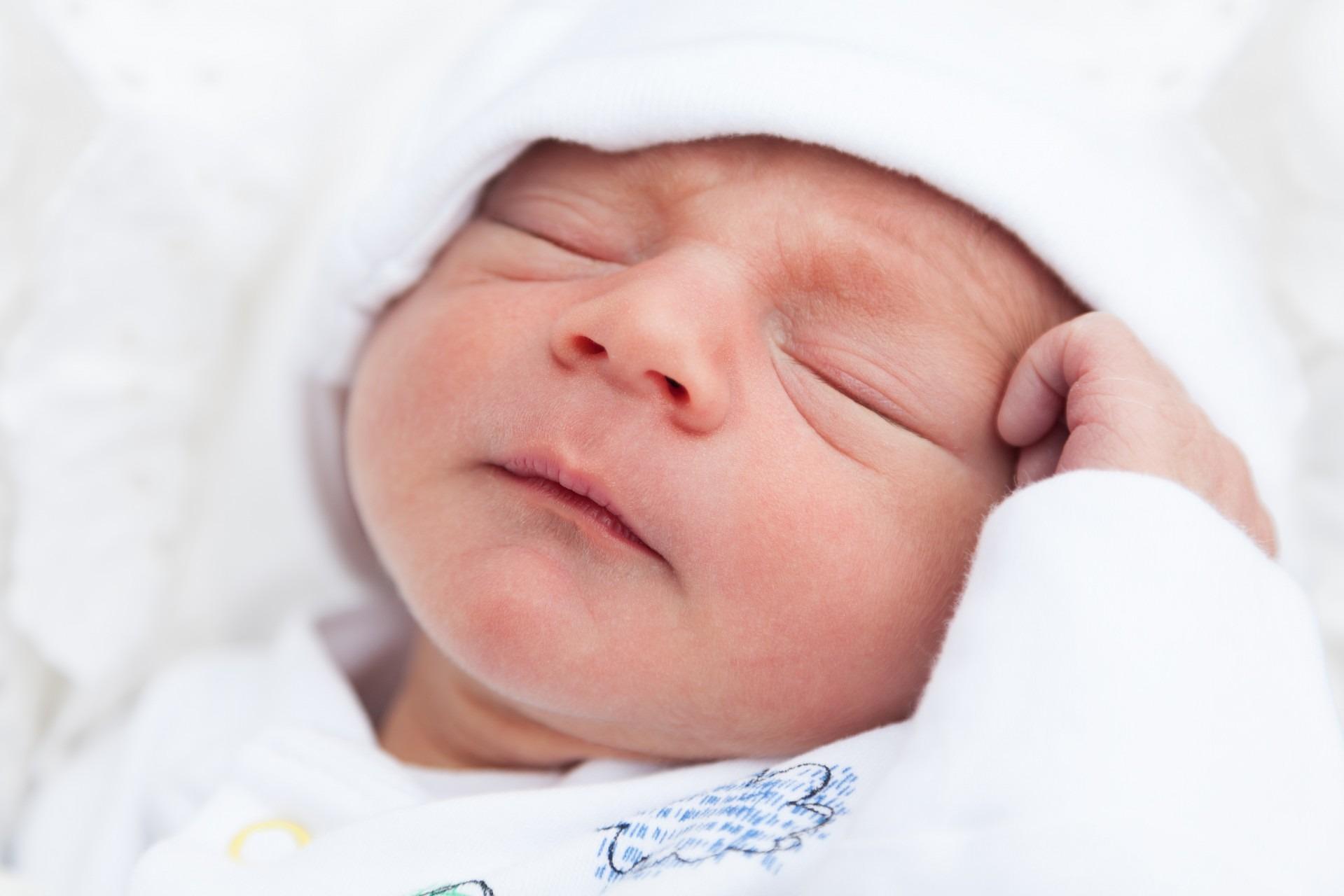 Un niño no es algo que pueda regalarse o venderse. No existe el derecho a ser padre o madre.