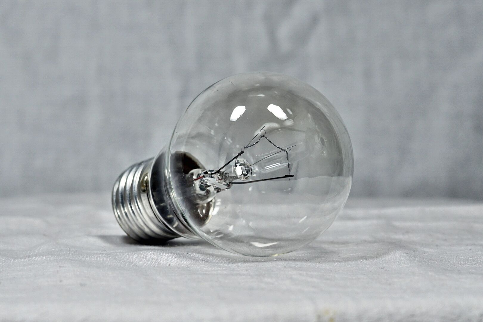 El Gobierno Prohibirá Cortar La Luz Durante Cuatro Meses Tras El