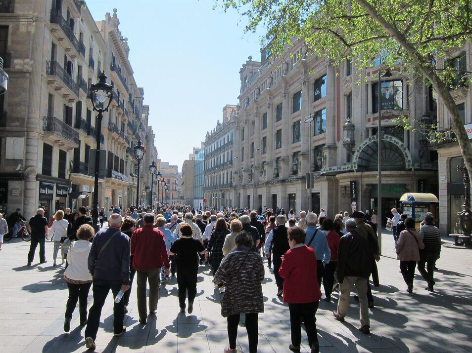 España rompe la barrera de los 47 millones de habitantes debido a la inmigración