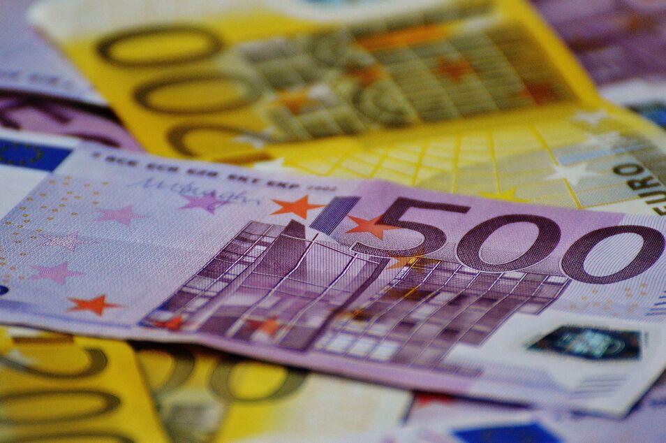 El Instituto Coordenadas defiende el dinero en efectivo como garantía de seguridad y privacidad de las personas.