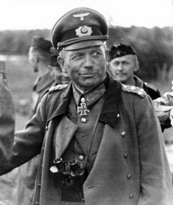 General_Guderian_Dunkerque.jpg