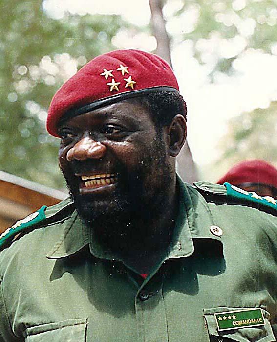 Jonas_Savimbi.jpg