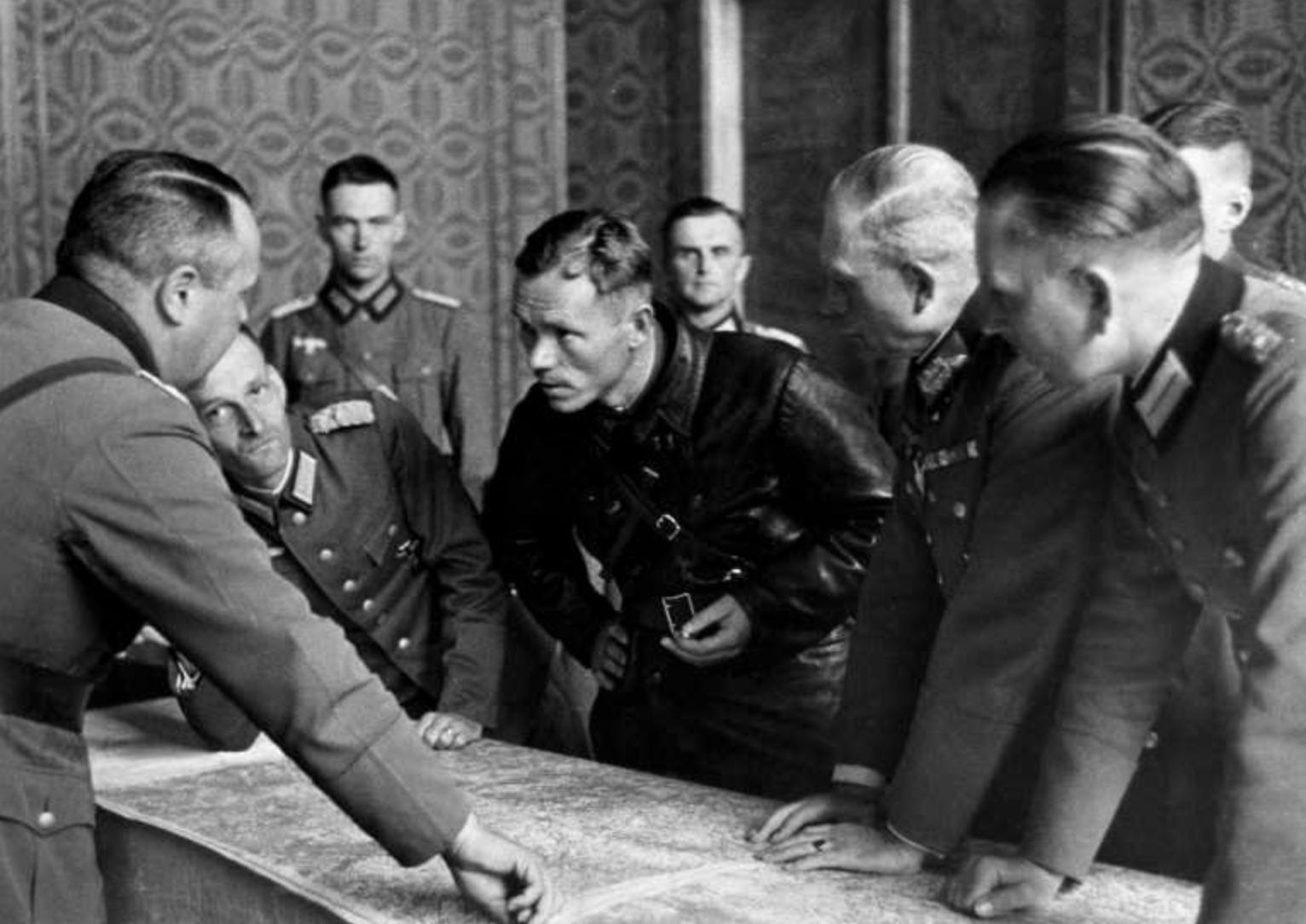nazis_sovieticos_polonia.jpg
