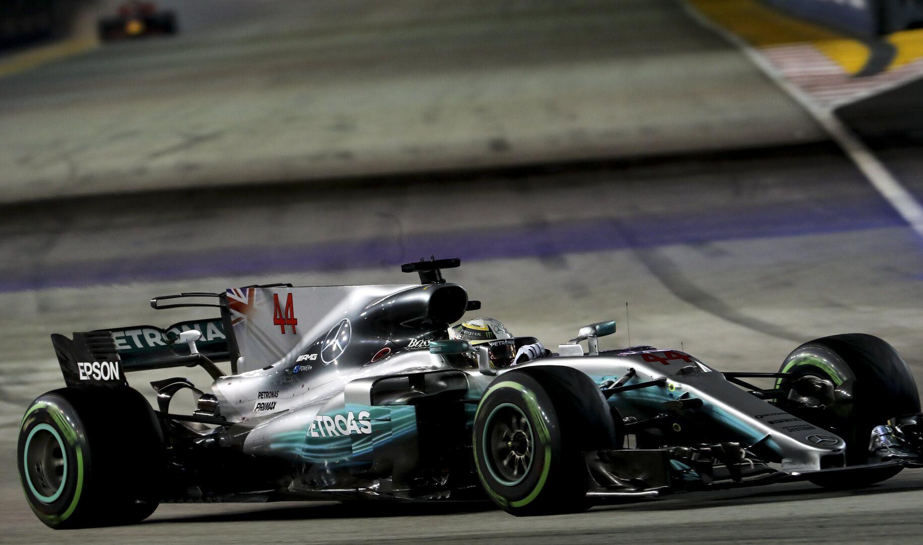 Circuito Singapur : Hamilton gana en marina bay alonso abandona y sainz termina cuarto
