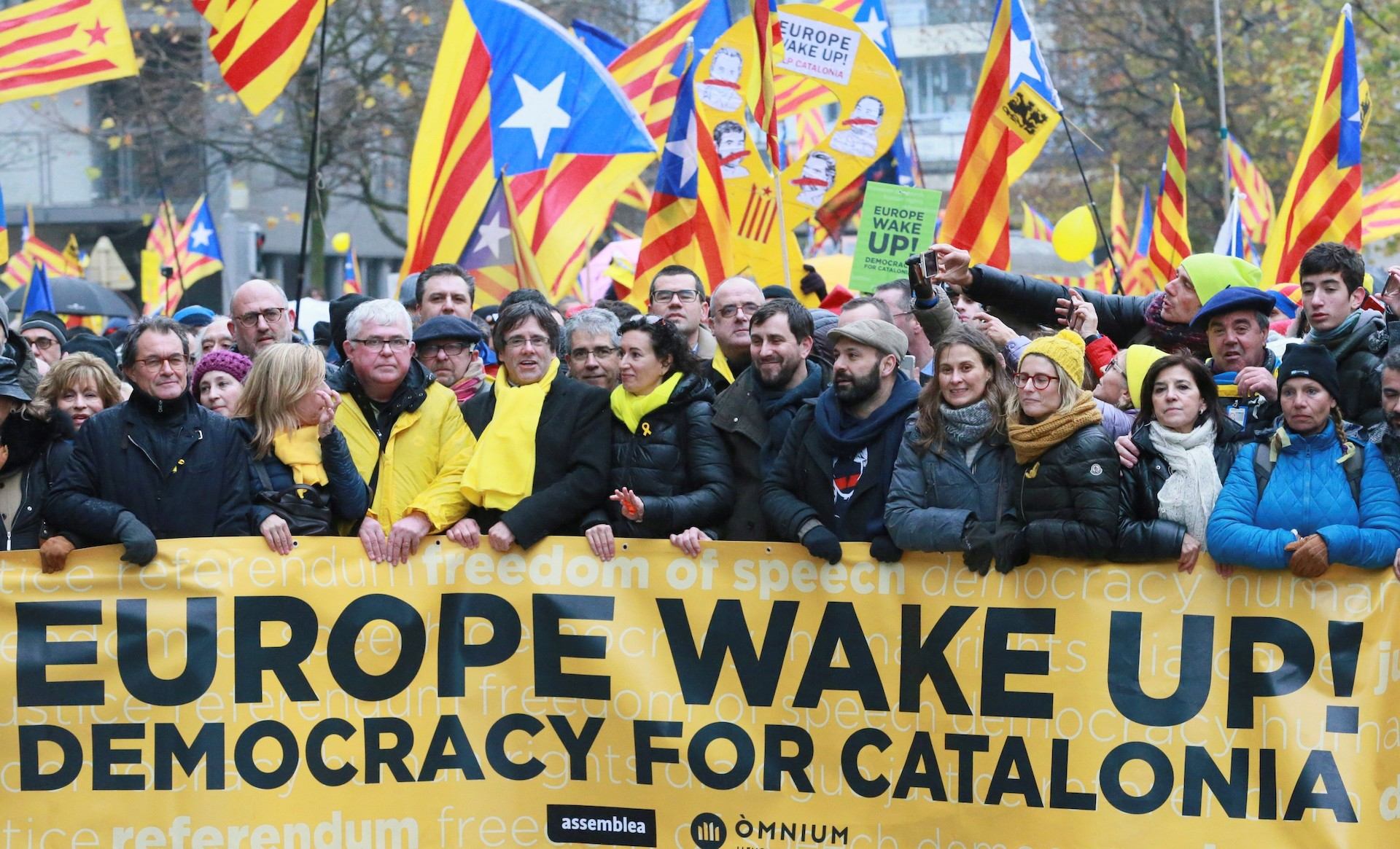 separatistas-bruselas-puigdemont-mas-pan