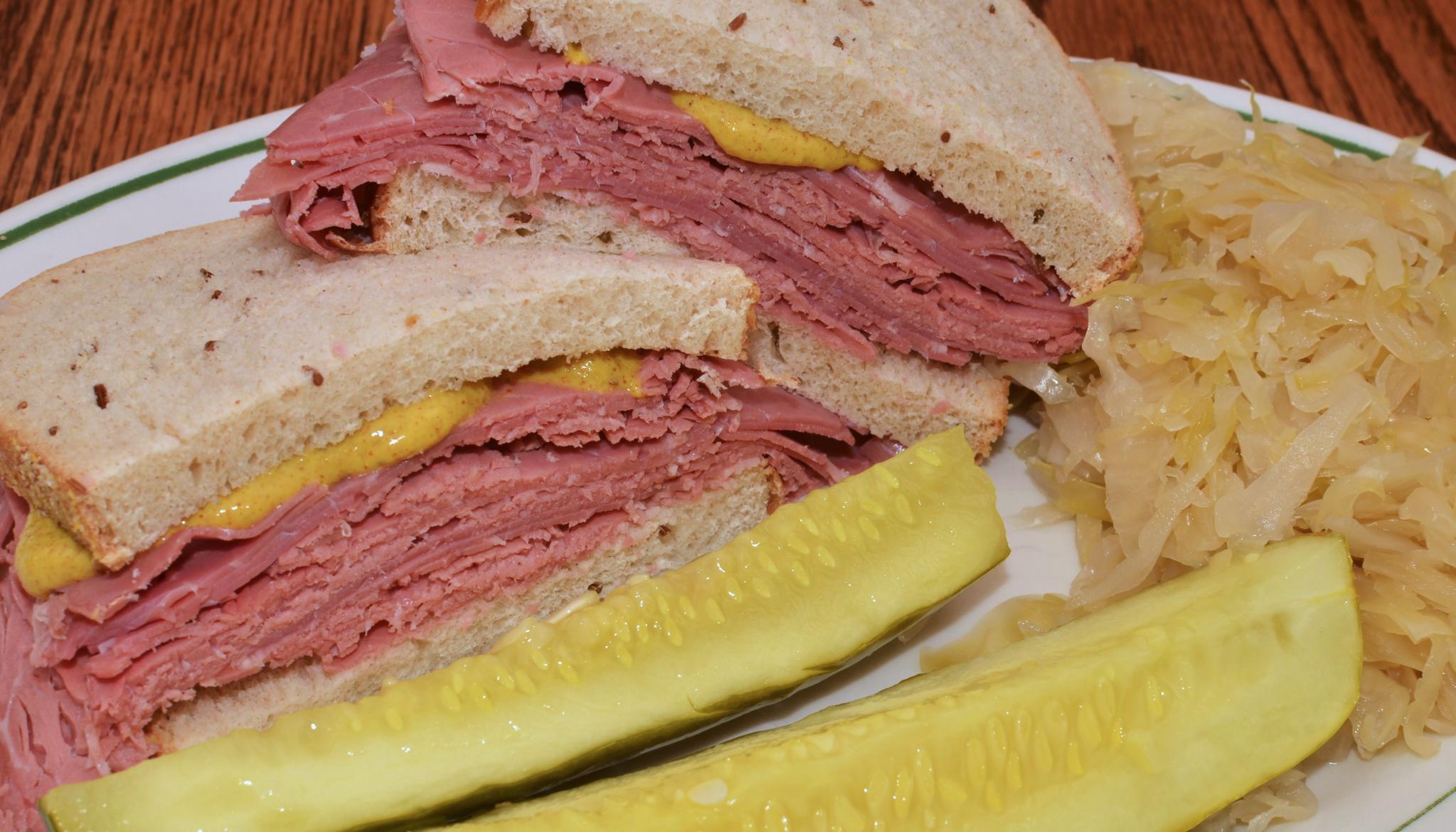 sandwich-corned-beef.jpg