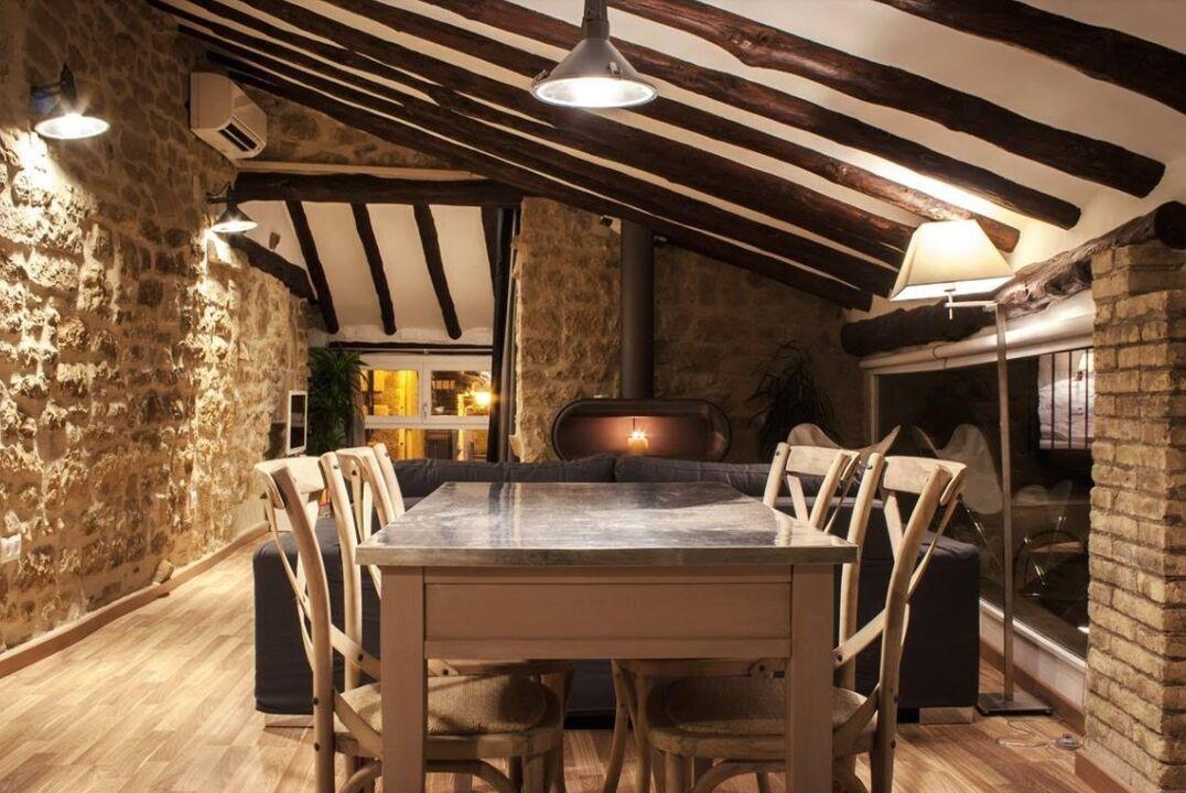 d143634f165ed Casa Matarranya - 10 casas rurales para disfrutar de una buena chimenea -  null