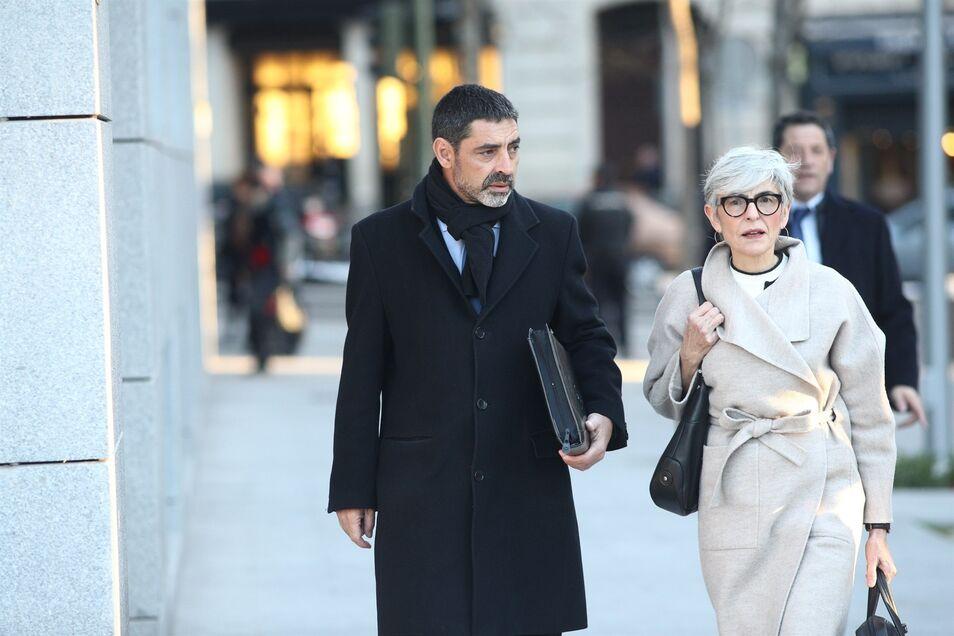 También serán juzgados por rebelión y sedición el exdirector de los Mossos, el ex nº 2 de Interior catalán y una intendente del Cuerpo.