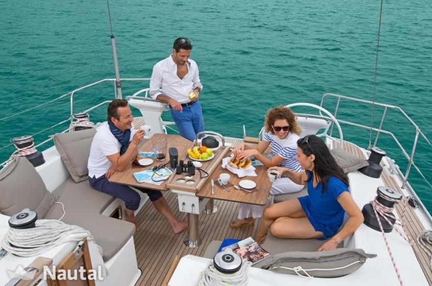 vacaciones-barco-nautal.jpg