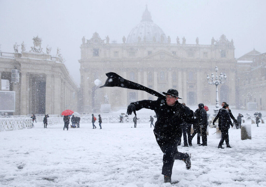 El clima de hoy donde tú vives - Página 6 Nevada-roma-vaticano-260218-11