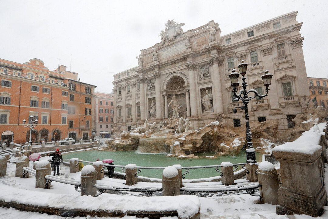 El clima de hoy donde tú vives - Página 6 Nevada-roma-vaticano-260218-3