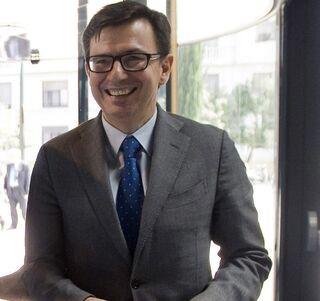 Qui n es rom n escolano el nuevo ministro de econom a for Quien es el ministro de interior