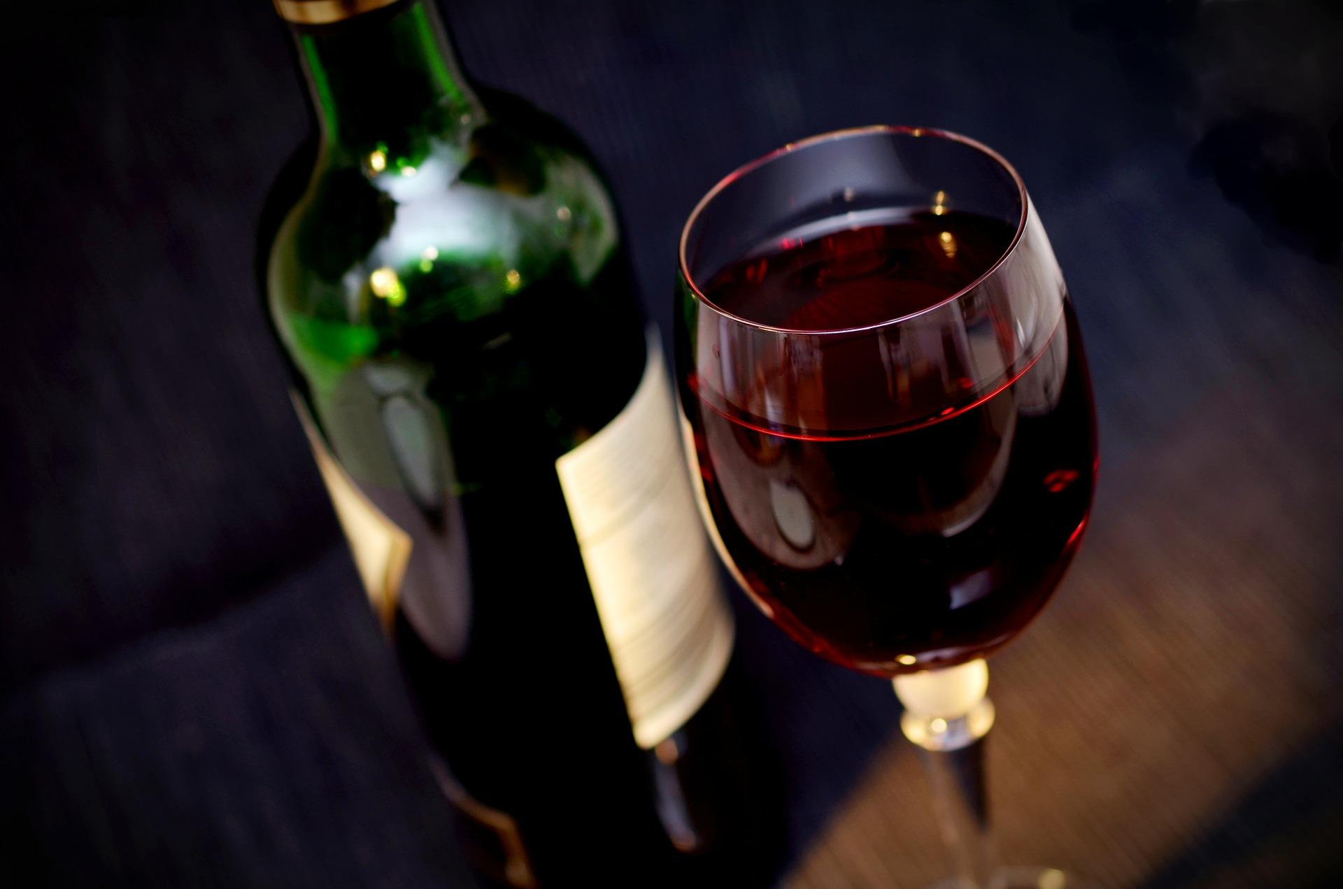 vino-vino-tinto-vidrio-beber-el-alcohol-