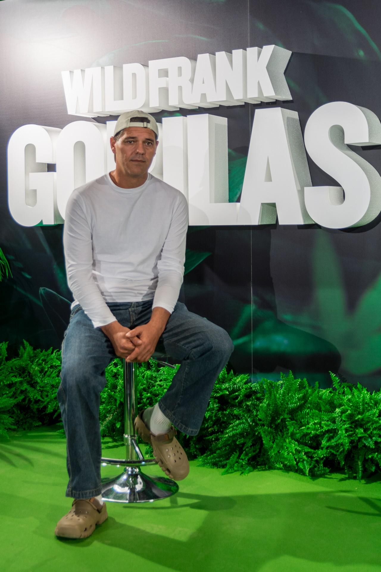 frank-cuesta-wild-gorilas2.jpg