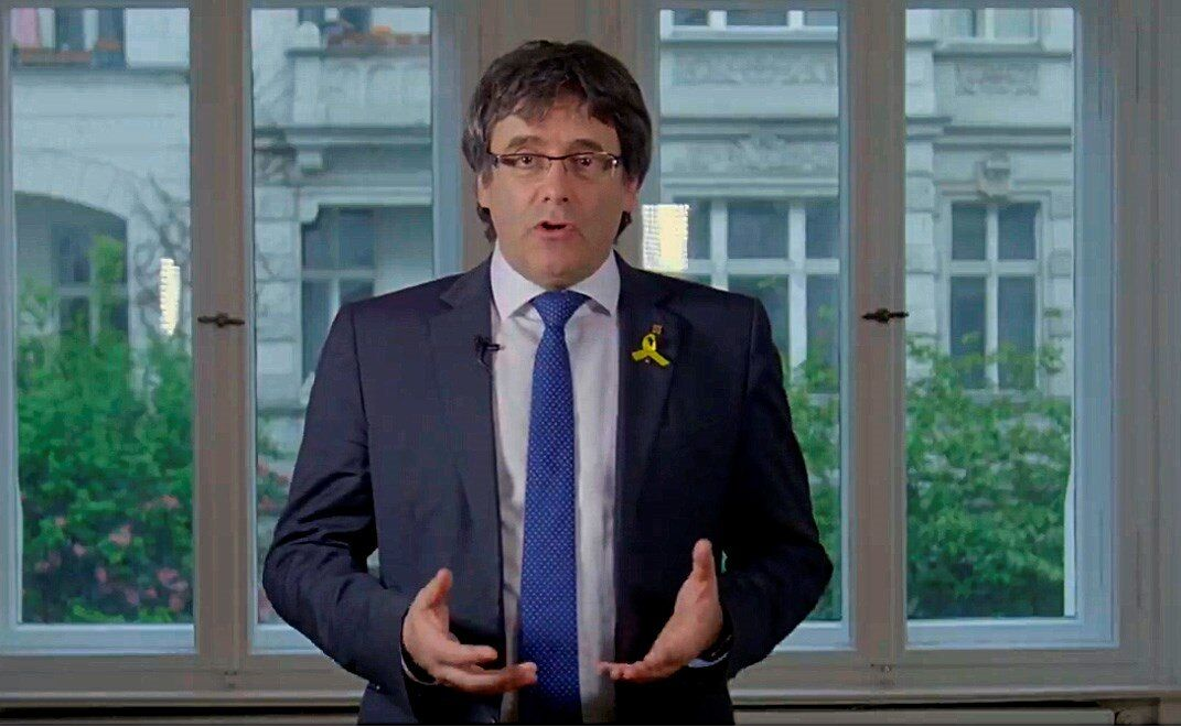 Primera orden de Puigdemont a Torra: amenazar con elecciones en cinco meses