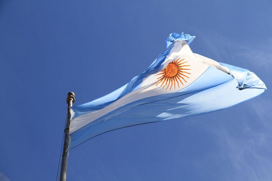 La Argentina de hace cien años era un país notablemente próspero, pero la evolución desde entonces ha sido decadente.