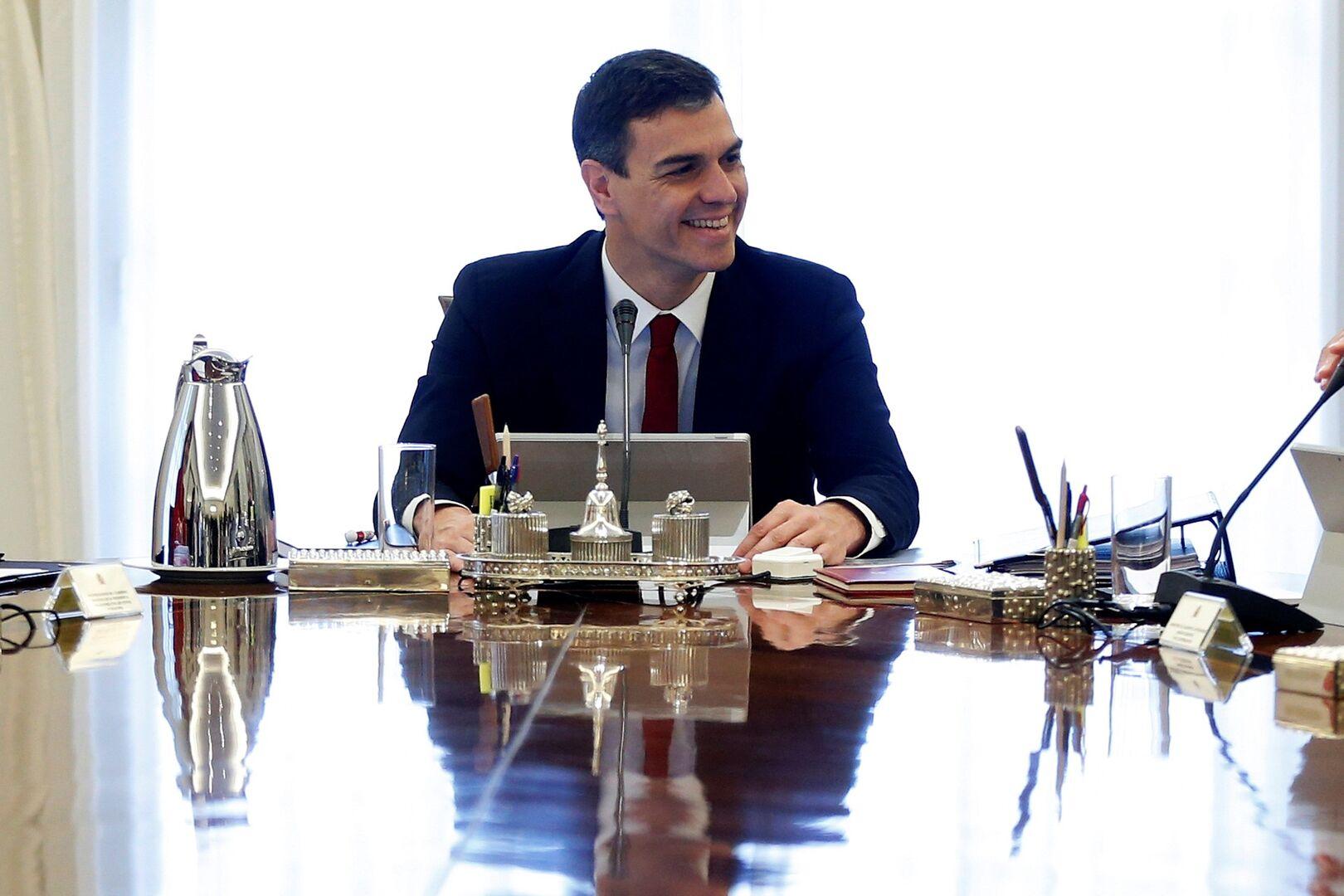 Cuando Pedro Sánchez pedía la dimisión de Soria y Monedero por cuestiones fiscales