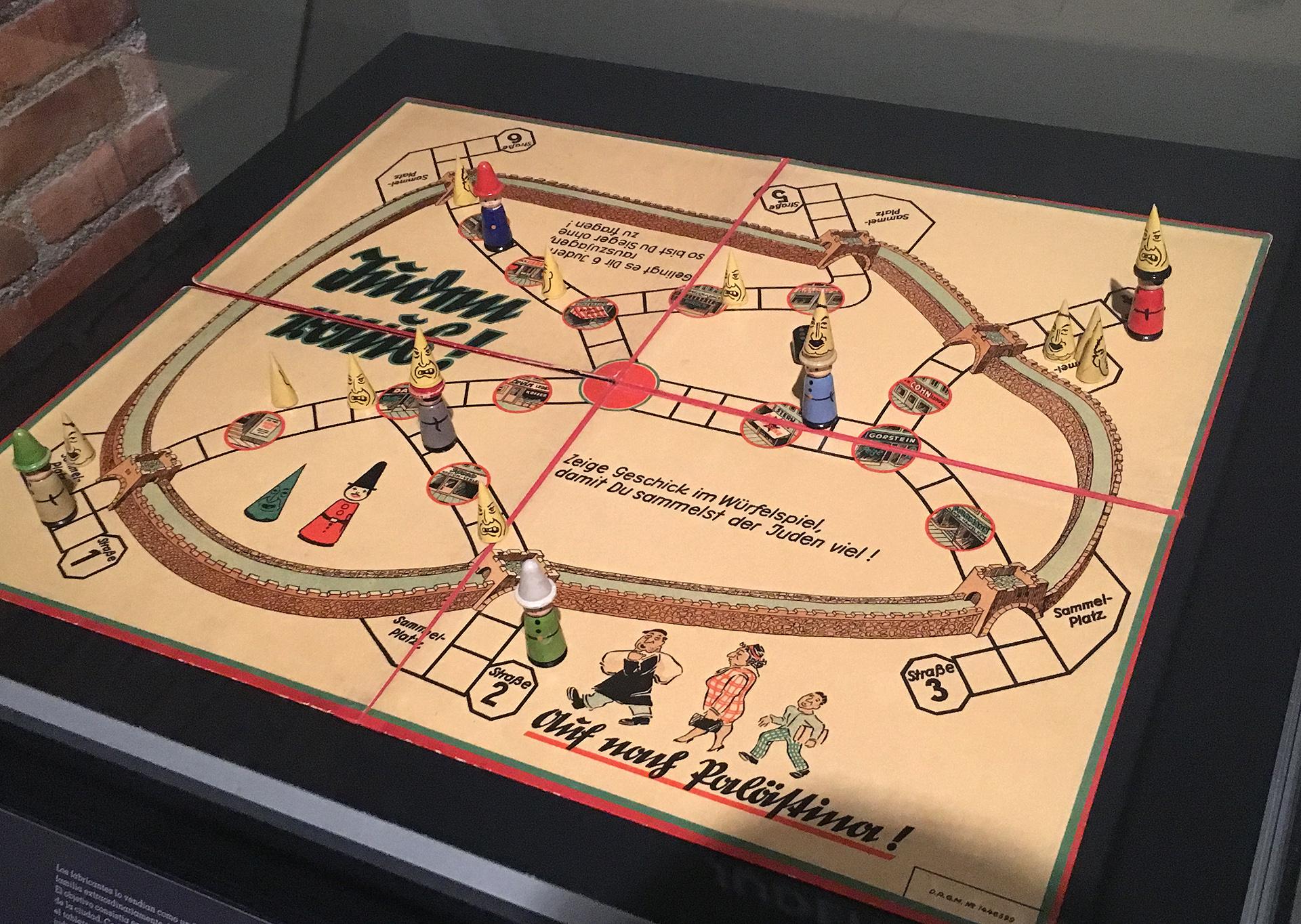 juego-de-mesa-nazi-expo-auschwitz-canal-