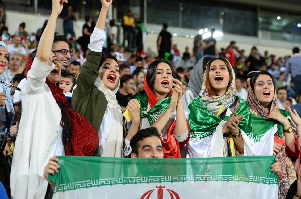 82c3abe92076 Irán: cómo el fútbol y las mujeres doblegaron a los Ayatolás 40 años ...