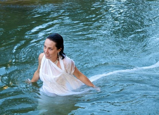 la-novia-en-el-agua.jpg