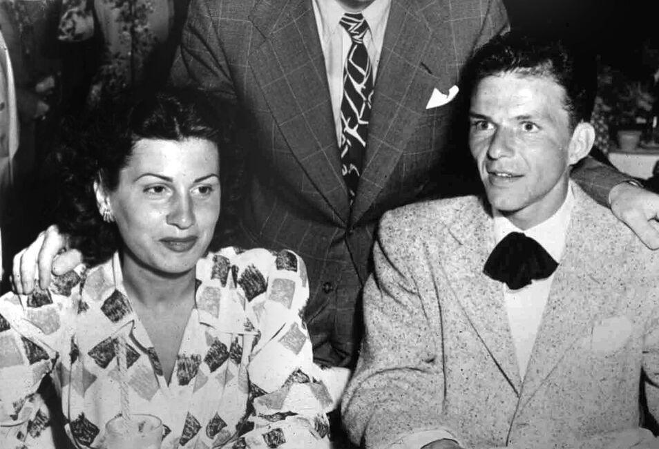 Las juergas de Frank Sinatra, Marilyn Monroe, Humphrey Bogart y Grace Kelly 140718_sinatra_frank_nancy