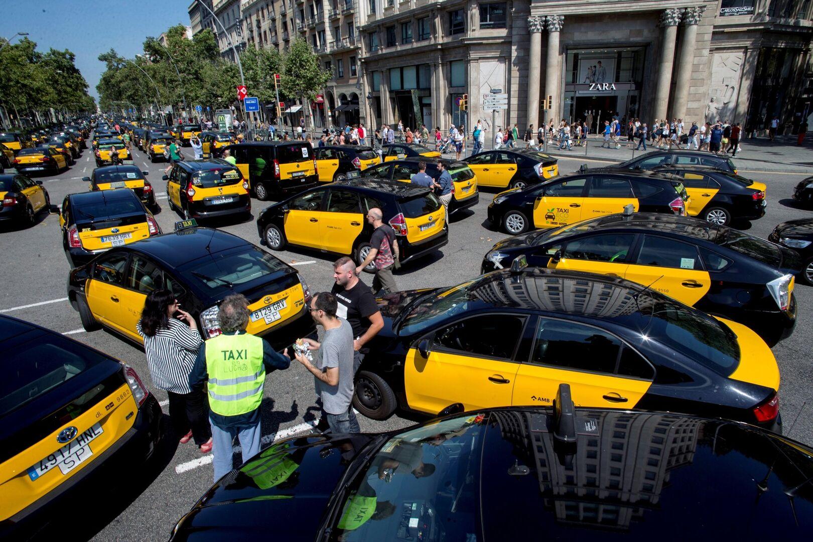 Barcelona, única capital turística de Europa que mantiene el monopolio del taxi