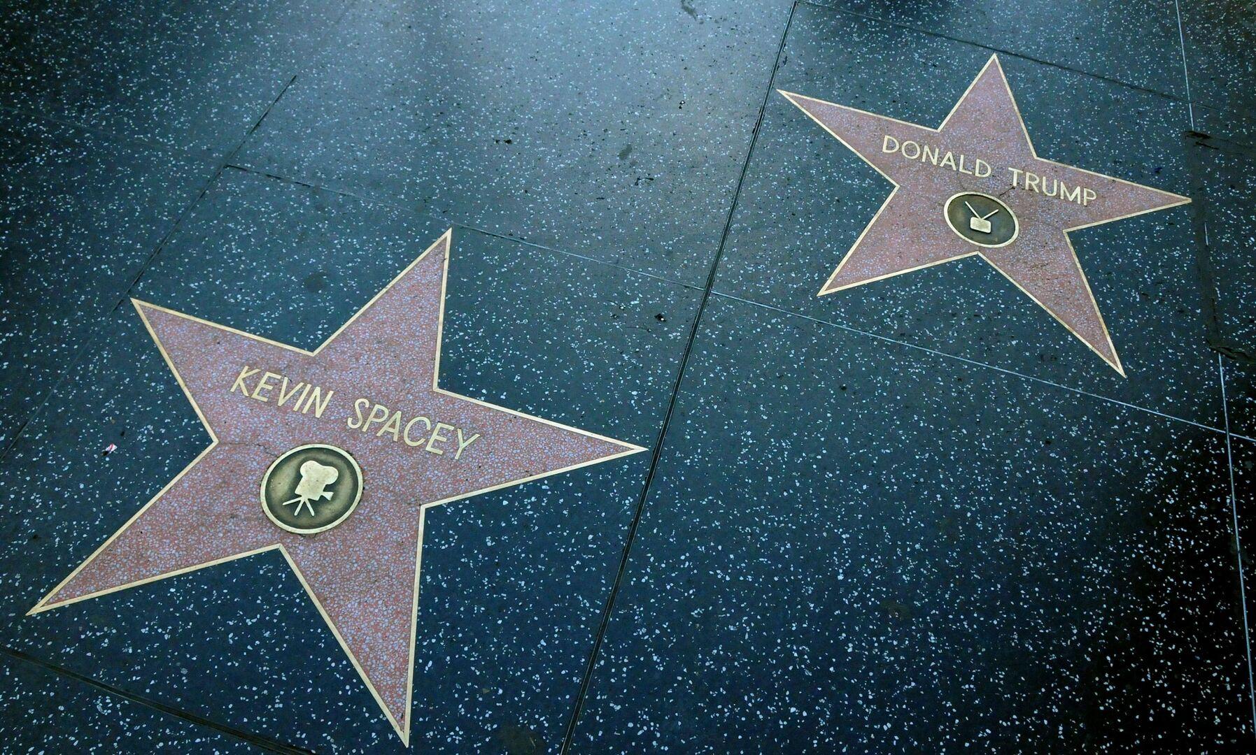 Actrices De Hollywood Que Se Parecen A Estrellas Porno hollywood quiere quitar la estrella de donald trump del