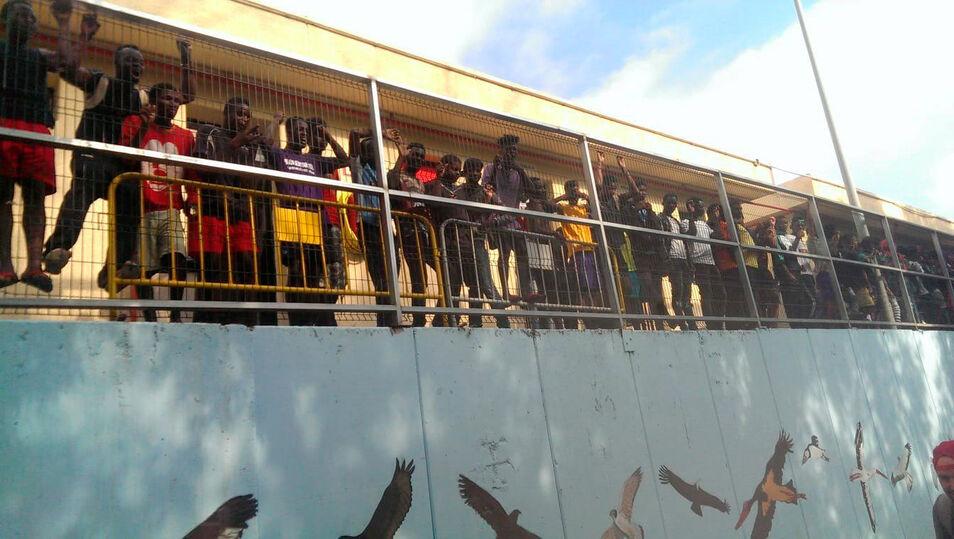 Sanchez - Más de 1.100 inmigrantes han sido rescatados este fin de semana procedentes de 65 pateras Inmigrantes_ceti_ceuta22082018