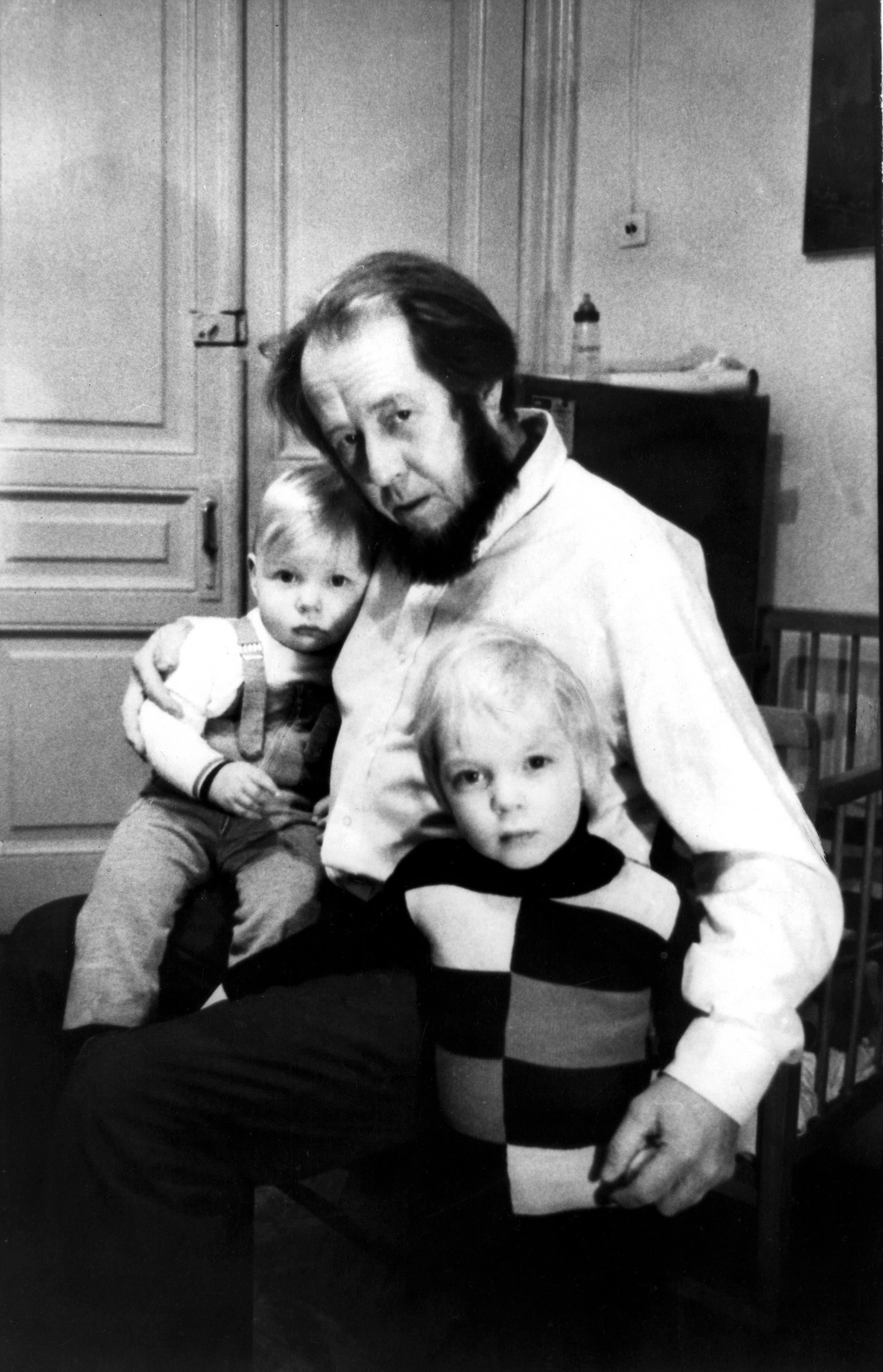 Solzhenitsyn_hijos.jpg