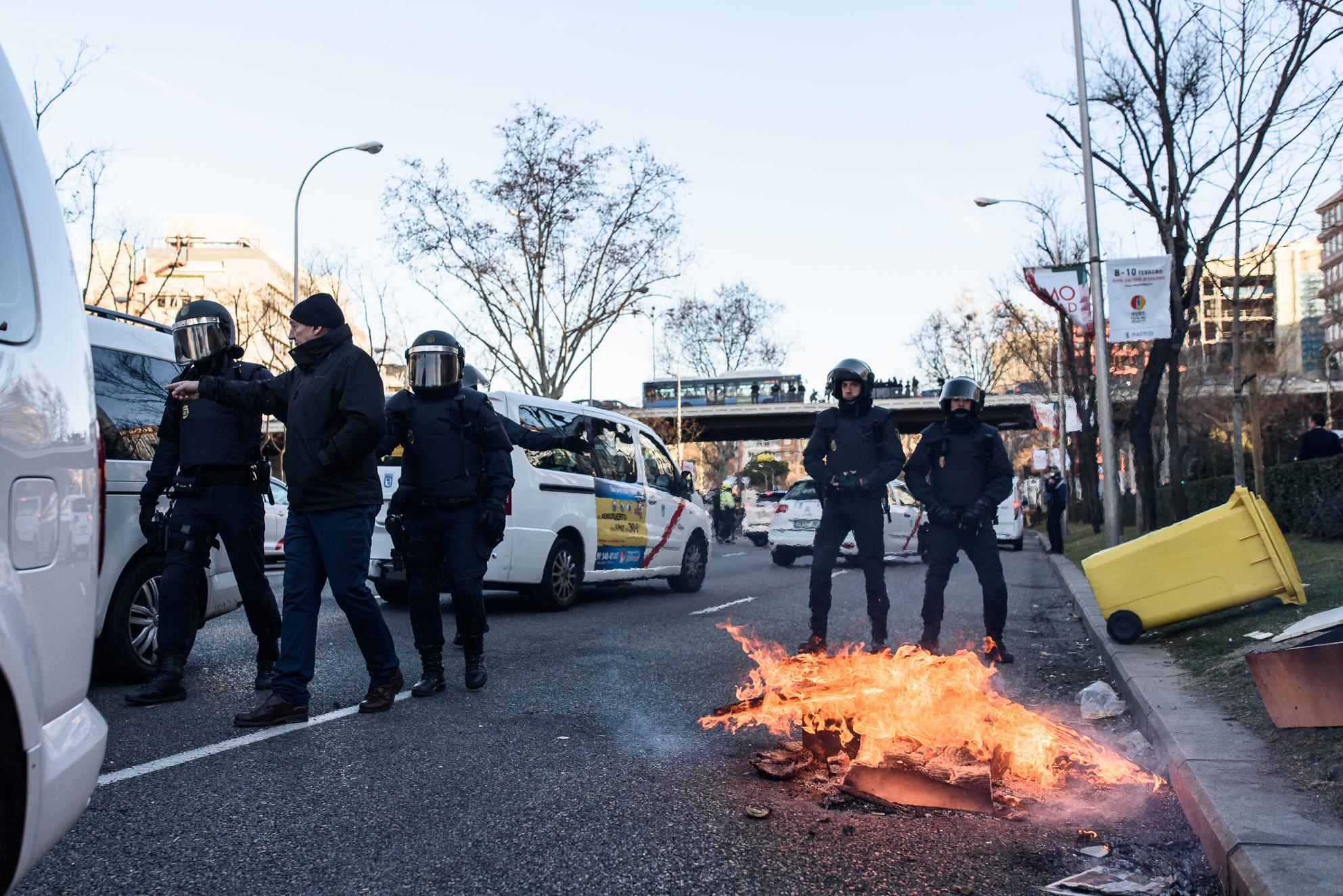 huelga-taxis-madrid-castellana-genova-19