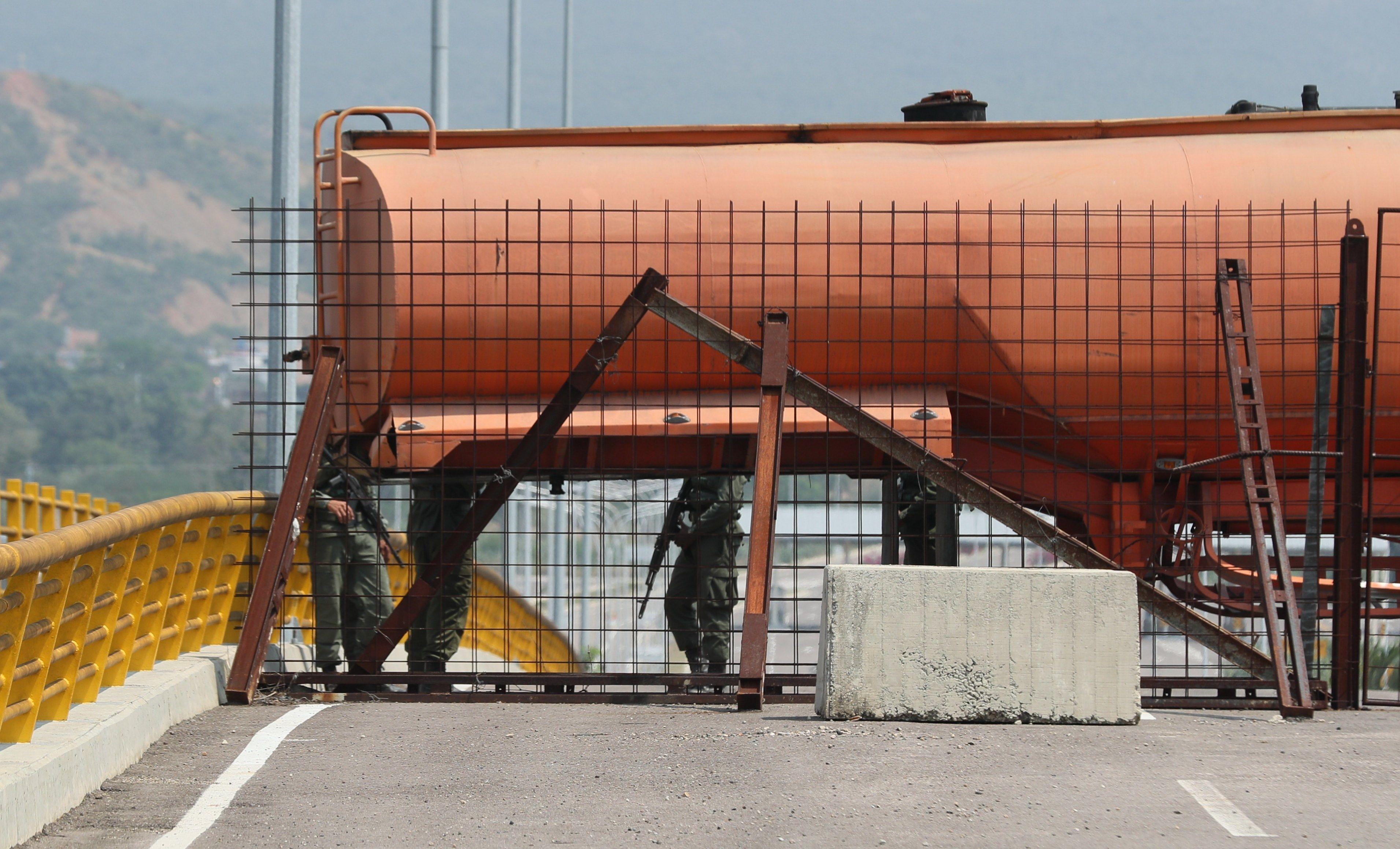 cisterna-puente060219.jpg