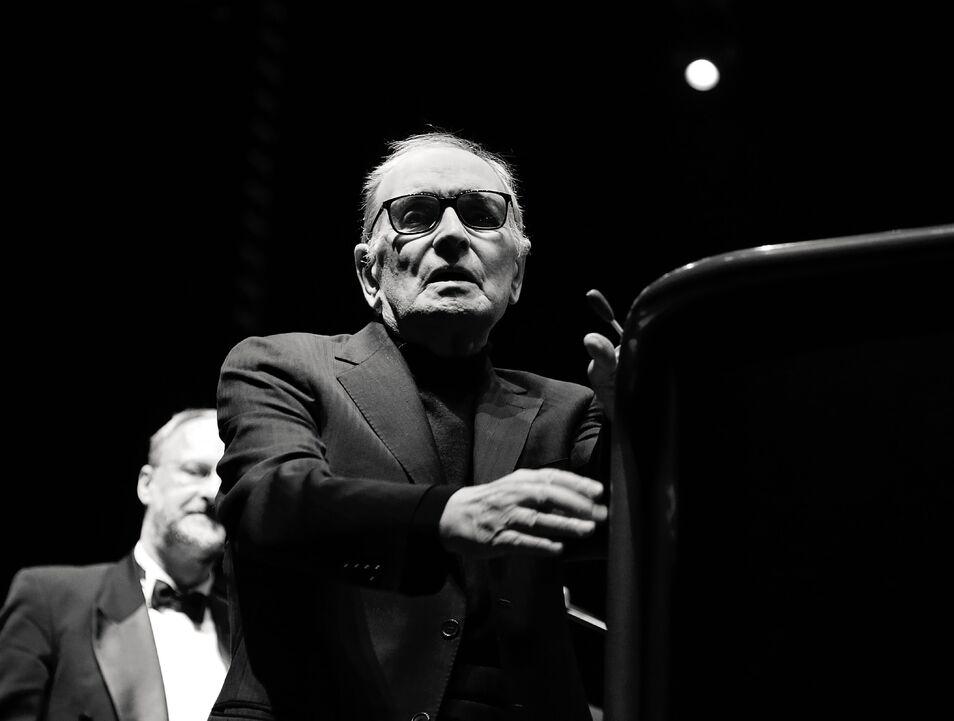 Ennio Morricone se retira de la música tras 60 años de carrera Enniomorriconeo2london