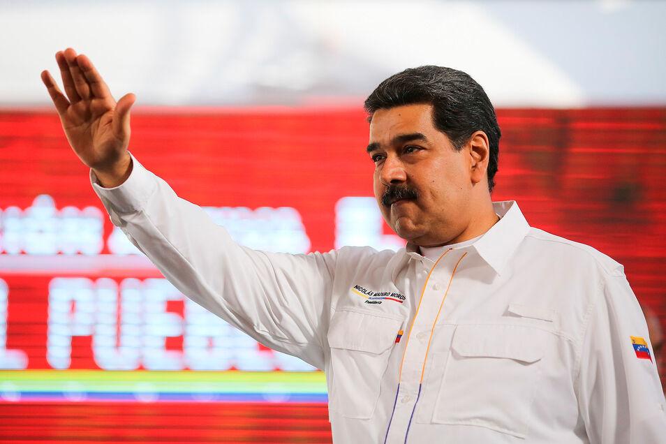 Maduro: lo hablado por Delcy Rodríguez y José Luis Ábalos es `secreto`