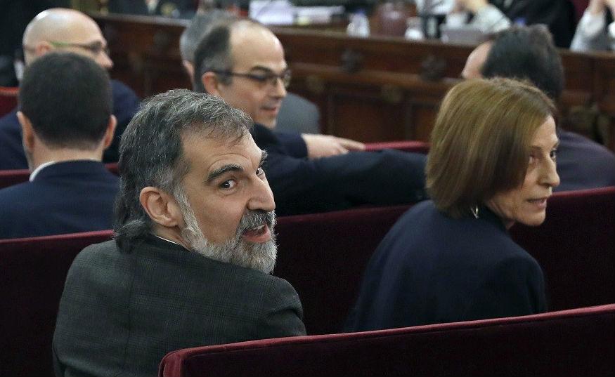 """Òmnium denuncia que Jordi Cuixart sufrió una """"operación de Estado"""" cuando ya estaba preso"""