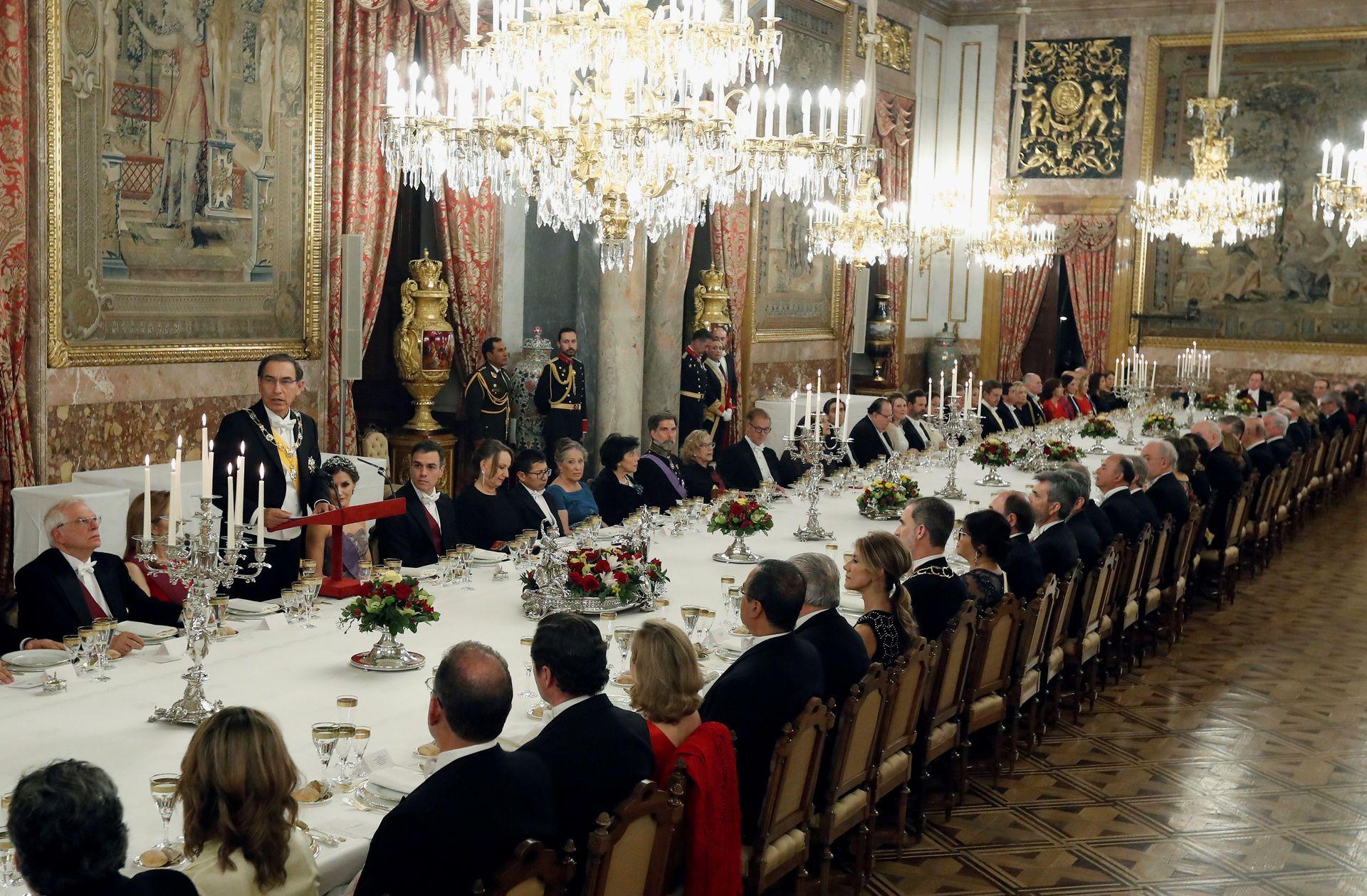 cena-palacio-real-presidente-peru-270219